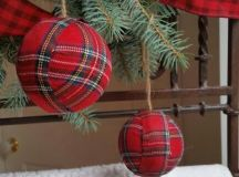 wrap ornaments with plaid yourself to make your tree look traditional and festive