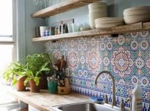 colorful mosaic tiles for a relaxed feel in the kitchen