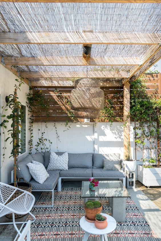 25 small yet cool patio decor ideas