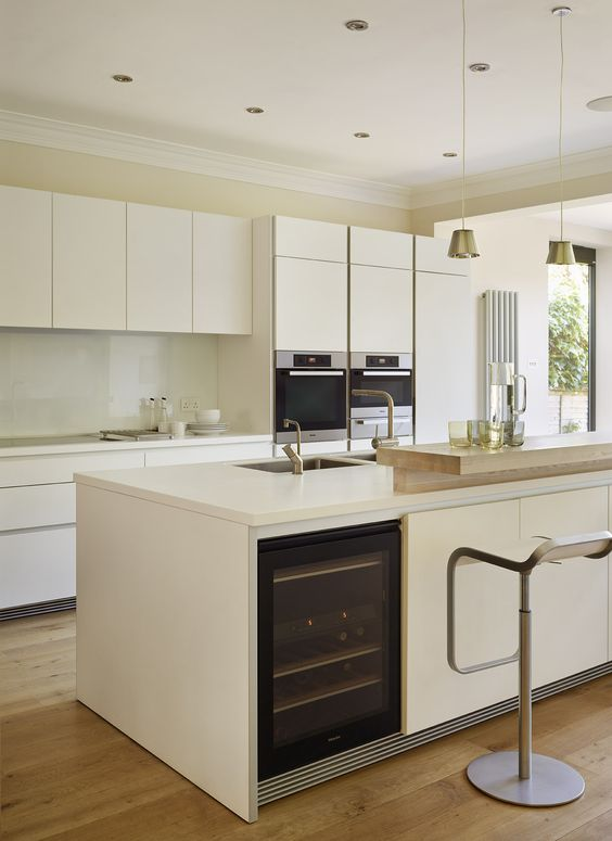 31 Smart Kitchen Islands With BuiltIn Appliances  DigsDigs