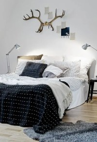 35 Awesome Bedding Ideas For Masculine Bedrooms - DigsDigs