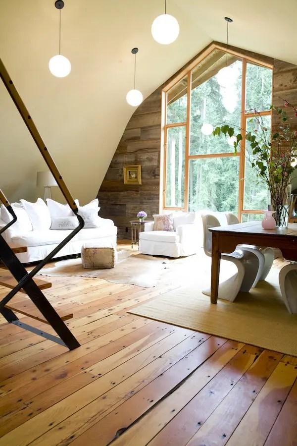 Amazing Barn Transformation Into A Cozy Modern House