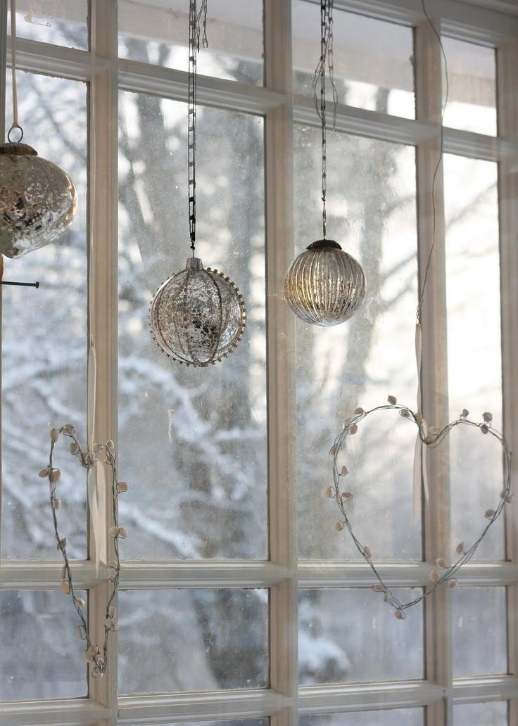 55 Awesome Christmas Window Dcor Ideas