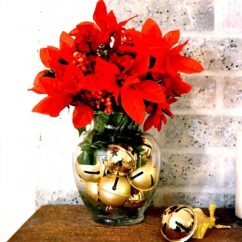 Living Room Side Table Decoration Ideas Arrangements For Small Spaces 51 To Use Jingle Bells In Christmas Décor - Digsdigs
