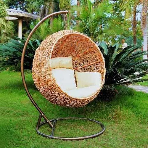 wicker lounge chair fishing game 33 awesome outdoor hanging chairs - digsdigs