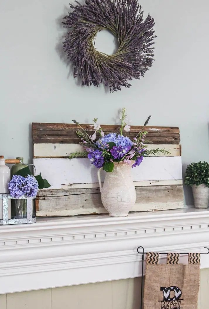 42 Awesome Summer Mantel Dcor Ideas  DigsDigs