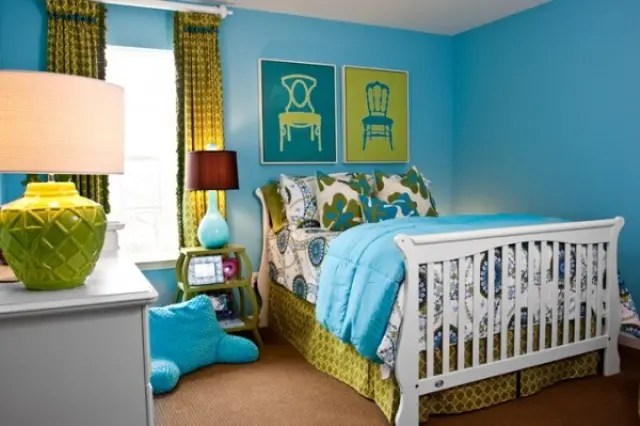 Turquoise Walls Bedroom