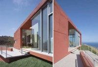 Brick Red Environment Friendly Malibu House by Kanner ...