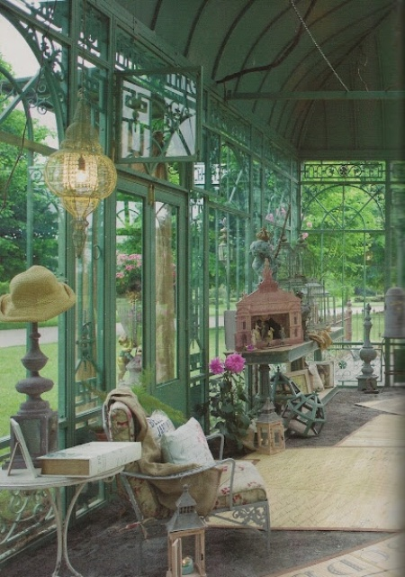 26 Charming And Inspiring Vintage Sunroom Dcor Ideas