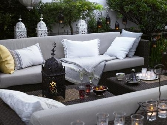55 Charming MoroccoStyle Patio Designs  DigsDigs