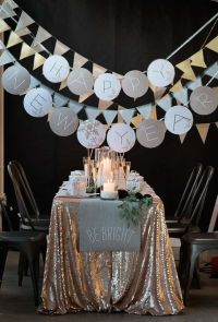 34 Cheerful New Year Party Dcor Ideas   DigsDigs