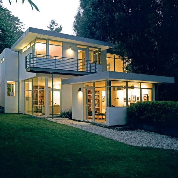 Contemporary House With Clean And Simple Plan Interior