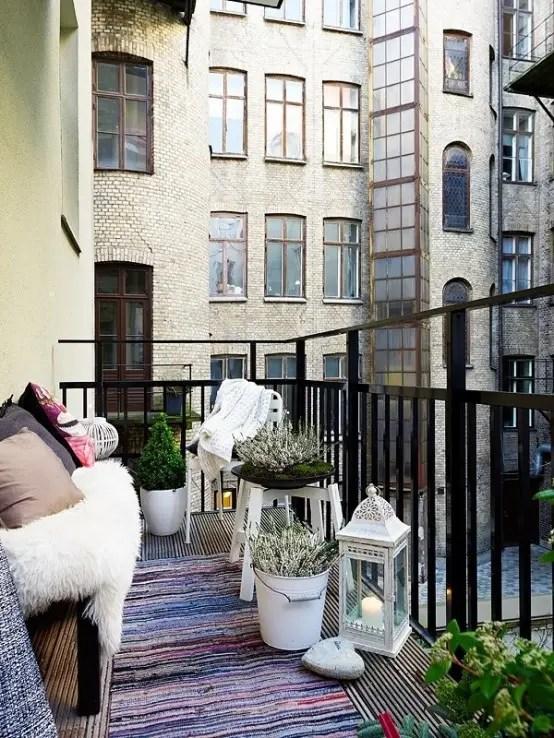 24 Colorful Boho Chic Balcony Dcor Ideas  DigsDigs