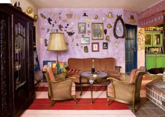 Colorful Fairy Tale House With Vintage Furniture - DigsDigs