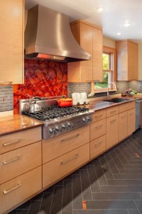 36 Colorful And Original Kitchen Backsplash Ideas