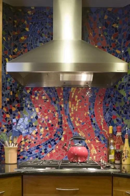 36 Colorful And Original Kitchen Backsplash Ideas