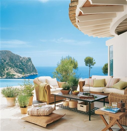 beach themed living rooms ideas room accent chairs 39 cool sea and beach-inspired patios - digsdigs