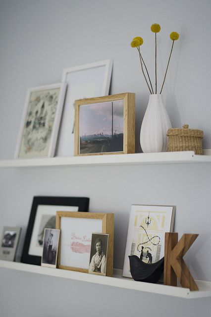 34 Cool Ways To Use Picture Ledges For Home Dcor  DigsDigs