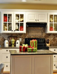 40 Cozy Christmas Kitchen Dcor Ideas | DigsDigs