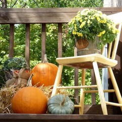 Patio String Chair Wicker Rattan And Ottoman 55 Cozy Fall Decorating Ideas - Digsdigs