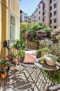 31 Creative Yet Simple Summer Balcony Dcor Ideas To Try ...