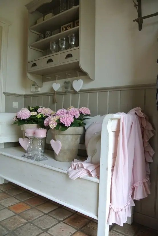 25 Cute And Sweet Shabby Chic Hallway Dcor Ideas DigsDigs