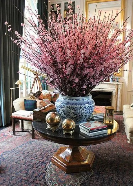 30 Delicate Cherry Blossom Décor Ideas For Spring DigsDigs