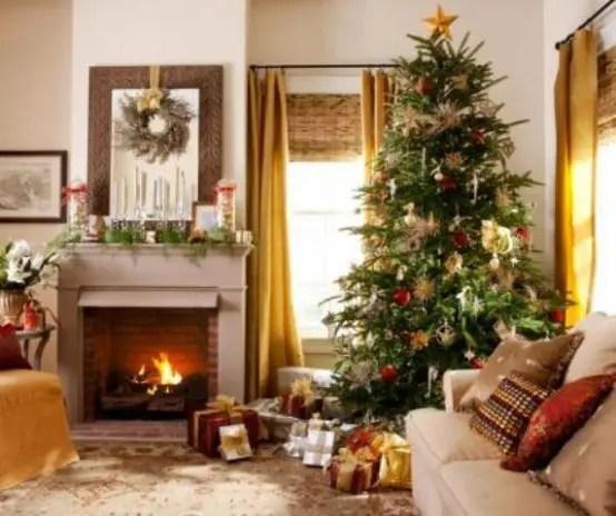 55 Dreamy Christmas Living Room Décor Ideas Digsdigs Part 97