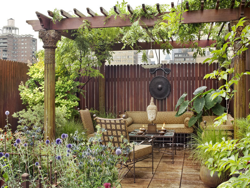Amazing EasternStyle Rooftop Terrace Garden Of A New York Duplex  DigsDigs