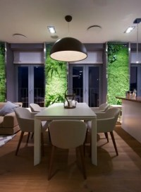 Eclectic Elegant Apartment With Green Walls - DigsDigs