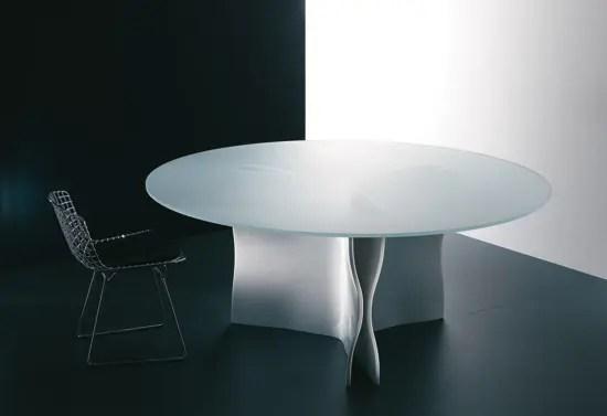 Elegant White Diner Table Trigonos From Acerbis DigsDigs