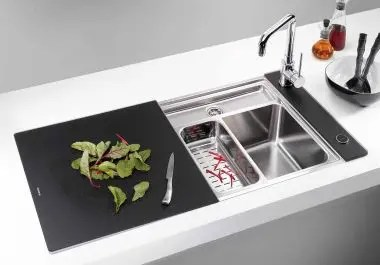 Minimalist Kitchen Sinks with Movable Cutting Board and