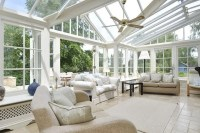 25 Farmhouse Sunrooms You Will Never Want to Leave | DigsDigs