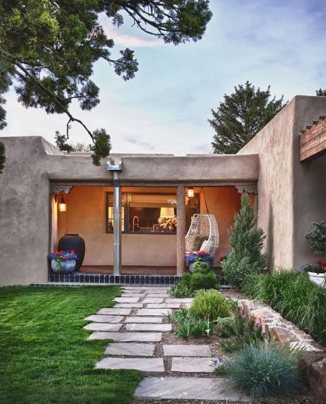Fresh Take On Traditional Mexican Style Santa Fe House  DigsDigs