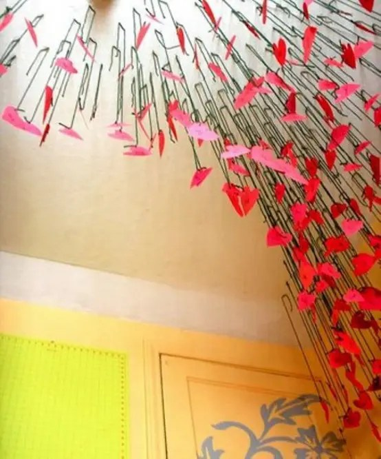 28 Cool Heart Decorations For Valentines Day DigsDigs