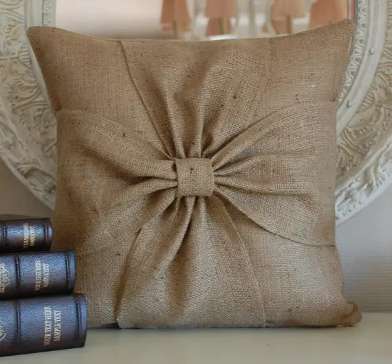 How To Rock Burlap In Home Dcor 27 Ideas  DigsDigs