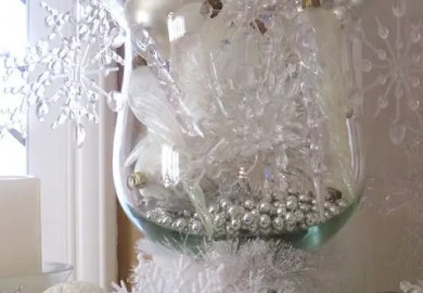 How To Use Snowflakes In Winter Decor 36 Ideas Digsdigs