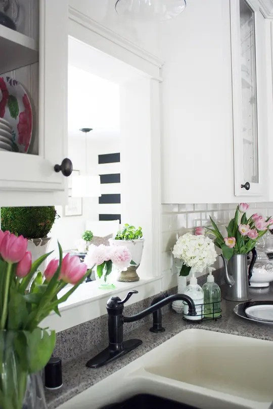 39 Inspiring Spring Kitchen Dcor Ideas  DigsDigs