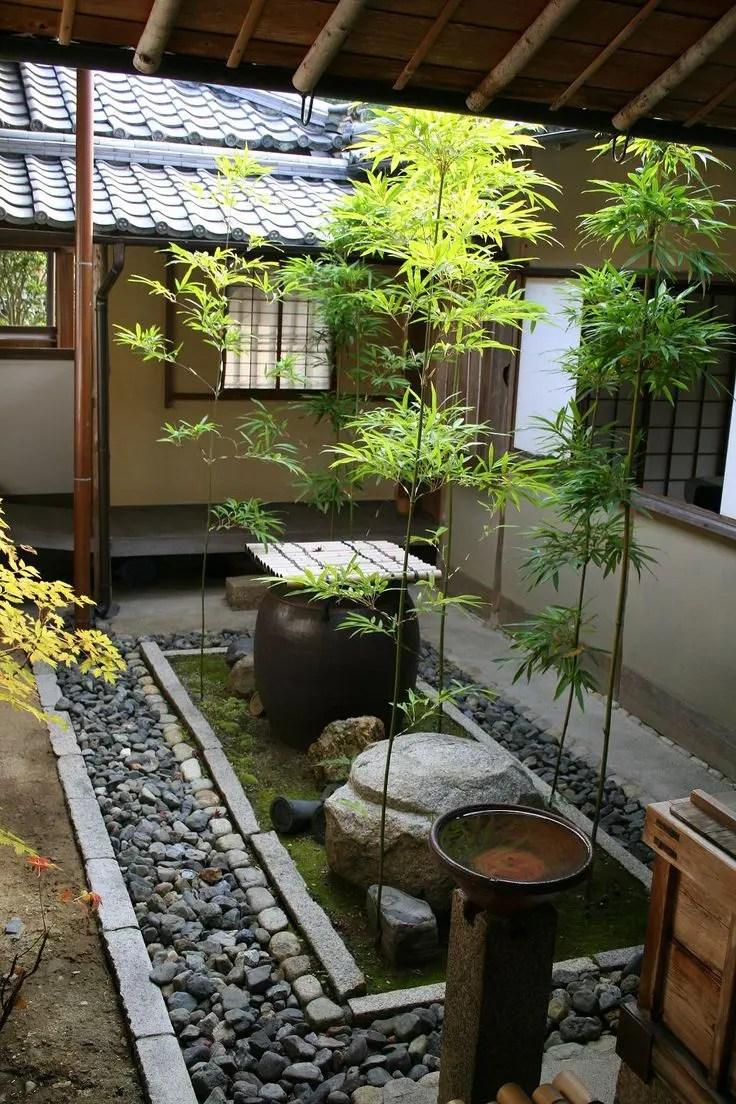27 Calm JapaneseInspired Courtyard Ideas  DigsDigs