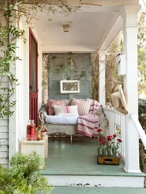 We may earn commission on some of the items you choose to buy. 36 Joyful Summer Porch Décor Ideas - DigsDigs