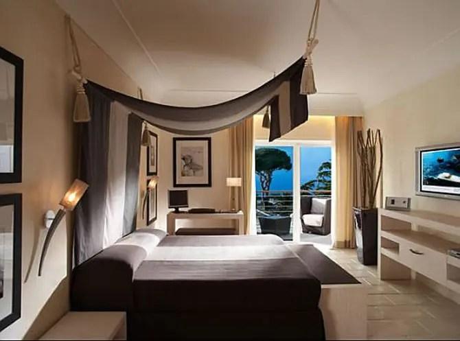 33 Cool HotelStyle Bedroom Design Ideas  DigsDigs