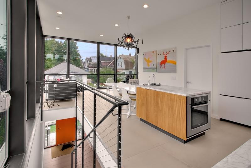 Small Farmhouse Kitchen Design