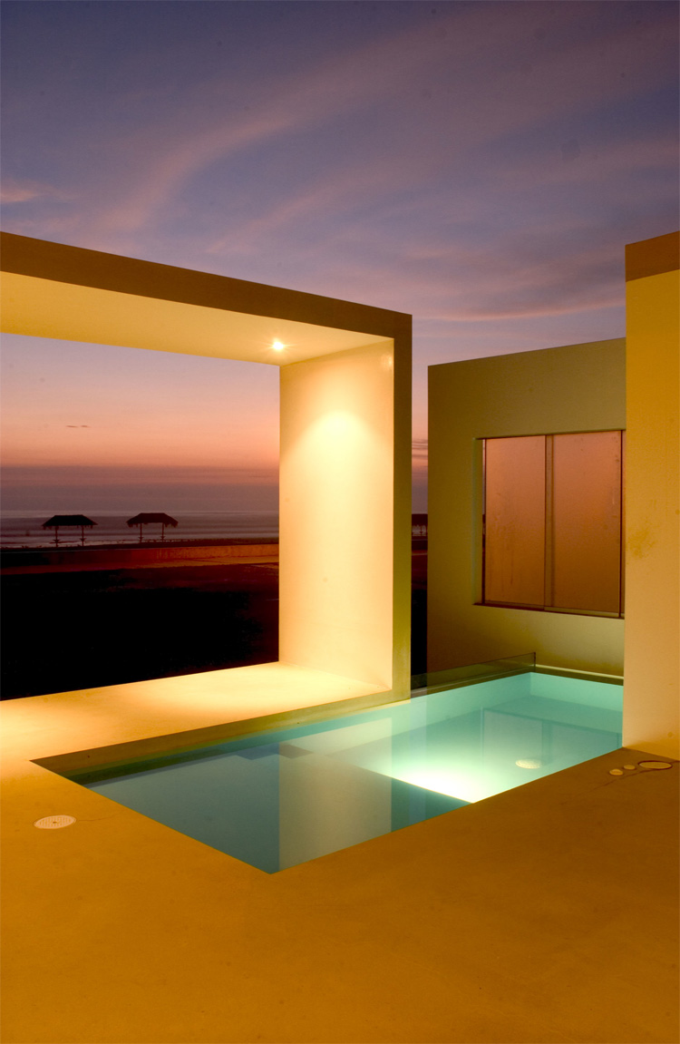 Modern Small Beach House Design In Peru By Javier Artadi
