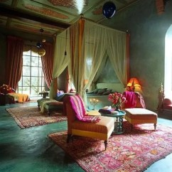 Arabian Nights Living Room Traditional Home Rooms 66 Mysterious Moroccan Bedroom Designs - Digsdigs