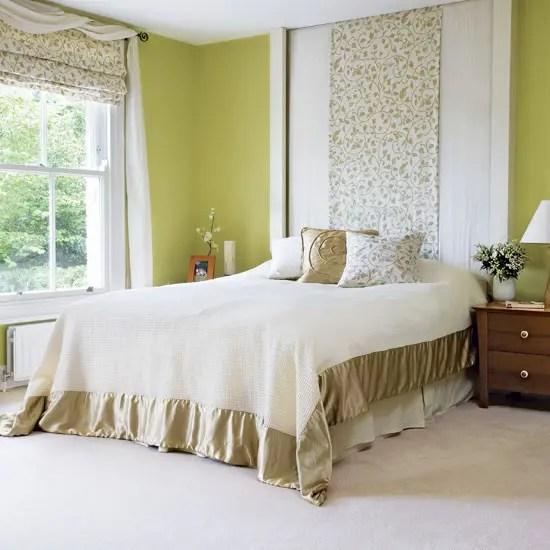 White walls, headboard, side tables and linen give this small bedroom a sophisticated feel. 69 Colorful Bedroom Design Ideas - DigsDigs