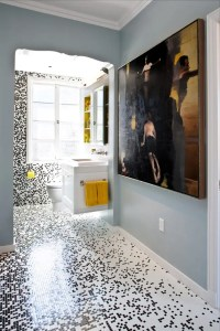 Pixilated Bathroom Design Made With Custom Mosaic Tile ...