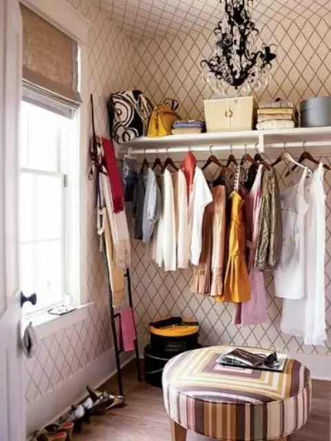 40 Pretty Feminine WalkIn Closet Design Ideas  DigsDigs