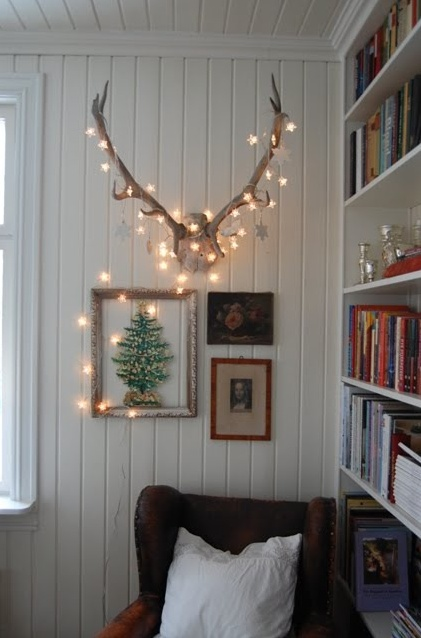 Your bedroom shouldn't just be a place to lay your head — it's the most personal space in your entire home. 28 String Lights Ideas For Your Holiday Décor - DigsDigs