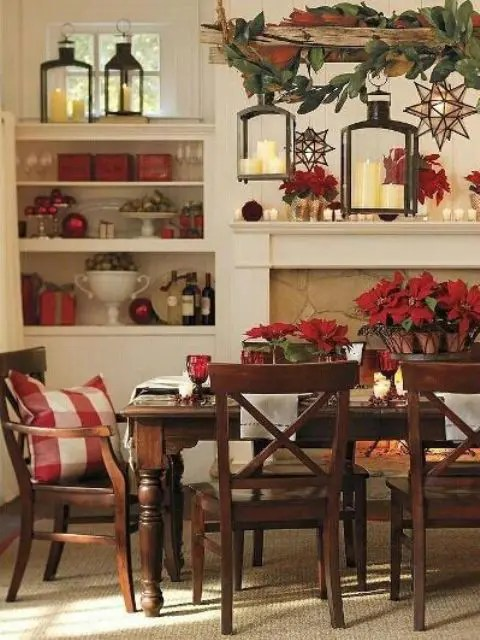 37 Stunning Christmas Dining Room Dcor Ideas  DigsDigs