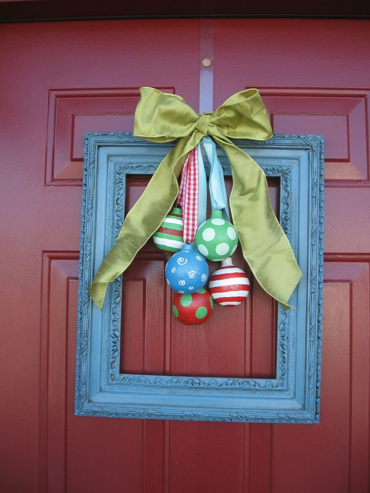38 Stunning Christmas Front Door Dcor Ideas